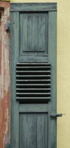 Fensterladen in grün – Karl Röser